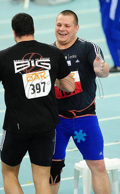 Leichtathletik - DHM 2009 Deutsche Hallenmeisterschaften - ARENA Leipzig - Track and Field - im Bild: Kugelstoßen Männer - der Sieger Ralf Bartels und Andy Dittmar (links). Porträt.Foto: Norman Rembarz..Norman Rembarz, Holbeinstr. 14, 04229 Leipzig, Hypo-Vereinsbank, BLZ: 86020086, Kto: 357889472, Ust. ID.: DE 256991963 St. Nr.: 231/261/06432 !!!!!!  Honorar zuzüglich 7 % Mwst !!!!!!!!