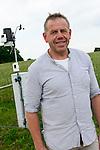 DEUTSCHLAND, , Versuchsgut Lindhof der UNI Kiel, Forschungsschwerpunkt ökologischer Landbau und extensive Landnutzungssysteme, Erforschung optimale Weidehaltung von Milchkuehen, Versuchsdurchfuehrung Herr Dr. Loges