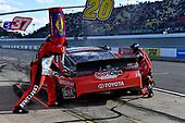 #20: Erik Jones, Joe Gibbs Racing, Toyota Camry Craftsman / Sport Clips