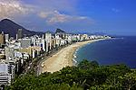 Praia do Leblon, Ipanema e Arpoador. Rio de Janeiro. 2002. Foto de Juca Martins.