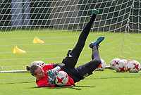 20200627 - TUBIZE , Belgium : Goal keeper Lia Demarais makes a save during a training session of the Belgian Red Flames U17, on the 27 th of June 2020 in Tubize.  PHOTO SEVIL OKTEM| SPORTPIX.BE