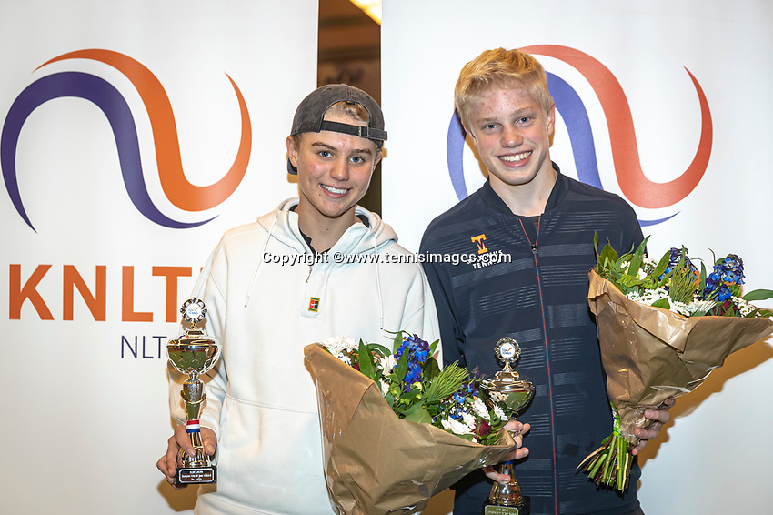 Wateringen, The Netherlands, December 15,  2019, De Rhijenhof , NOJK juniors doubles , Final boys 14 years, winners Jay Temming (NED) and Lars Wagenaar (NED) (R) with the trophy<br /> Photo: www.tennisimages.com/Henk Koster
