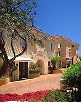 Italy, Sardinia, Costa Smeralda, Porto Cervo: Shopping lane