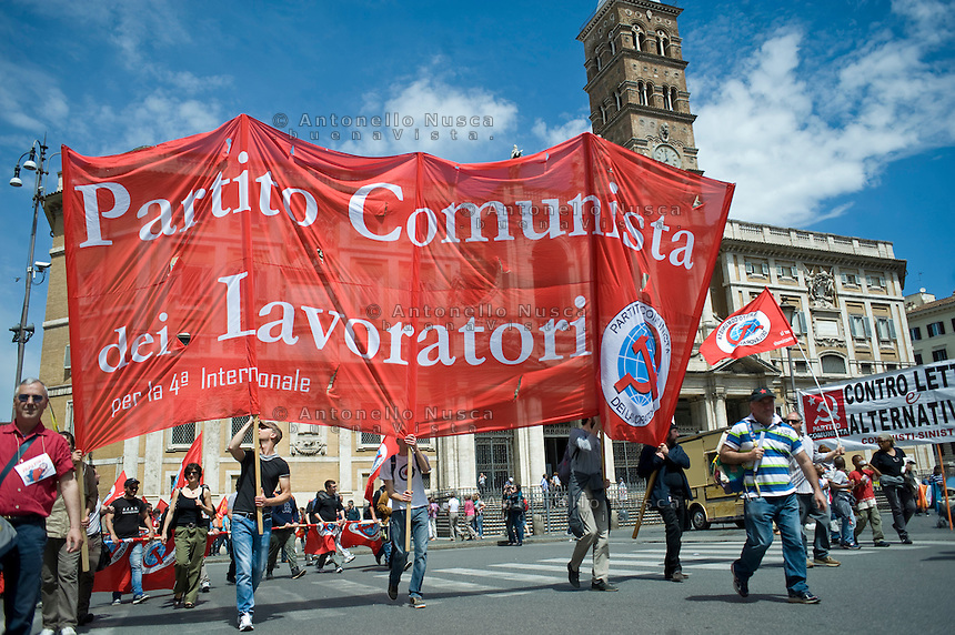 Roma, 18 Maggio 2013. Manifestazione nazionale della Fiom..Demonstrators gather in Rome during the left-wing Italian metalworkers' union FIOM rally.