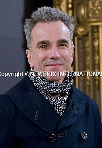 """DANIEL DAY-LEWIS.attends the """"Lincoln"""" photocall at Casa de America, Madrid_16/01/2013.Mandatory Credit Photo: ©NEWSPIX INTERNATIONAL..**ALL FEES PAYABLE TO: """"NEWSPIX INTERNATIONAL""""**..IMMEDIATE CONFIRMATION OF USAGE REQUIRED:.Newspix International, 31 Chinnery Hill, Bishop's Stortford, ENGLAND CM23 3PS.Tel:+441279 324672  ; Fax: +441279656877.Mobile:  07775681153.e-mail: info@newspixinternational.co.uk"""