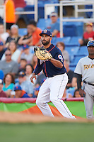 Binghamton Mets first baseman Vince Belnome (9) waits for a throw during a game against the Trenton Thunder on August 8, 2015 at NYSEG Stadium in Binghamton, New York.  Trenton defeated Binghamton 4-2.  (Mike Janes/Four Seam Images)