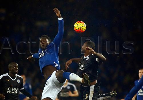 19.12.2015. Goodison Park, Liverpool, England. Barclays Premier League. Everton versus Leicester City. Everton striker Romelu Lukaku is challenged by Leicester City skipper Wes Morgan.