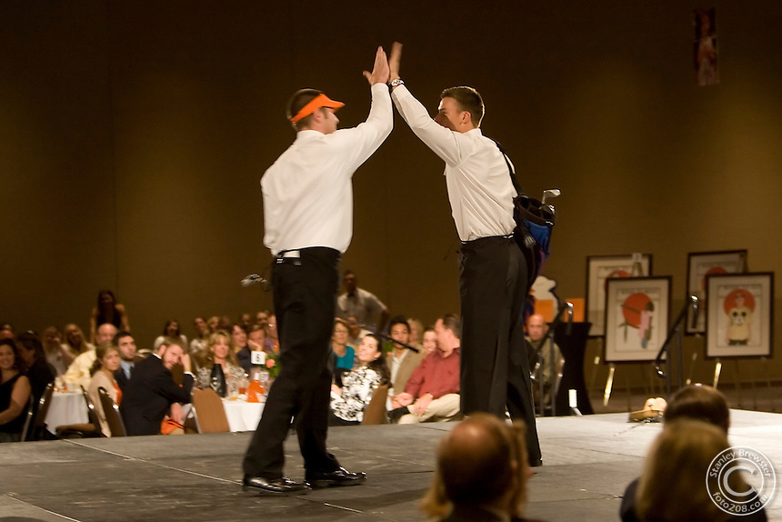 08 October 2007: The Make A Wish foundation of Idaho teamed up again for the fifth year in a row with Boise State University Athletic Department for a fun-filled evening to raise money for the local charity. Boise State student athletes from all sports were on hand to serve and entertain prominent local community leaders during the charity dinner and auction.