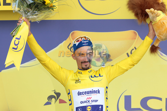 Julian Alaphilippe (FRA) Deceuninck-Quick Step retains the Yellow Jersey at the end of Stage 10 of the 2019 Tour de France running 217.5km from Saint-Flour to Albi, France. 15th July 2019.<br /> Picture: Colin Flockton   Cyclefile<br /> All photos usage must carry mandatory copyright credit (© Cyclefile   Colin Flockton)