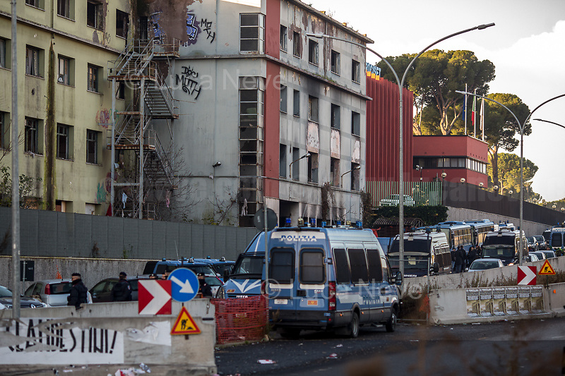 (On the L) Posters by the neo-fascist group Casapound.<br />