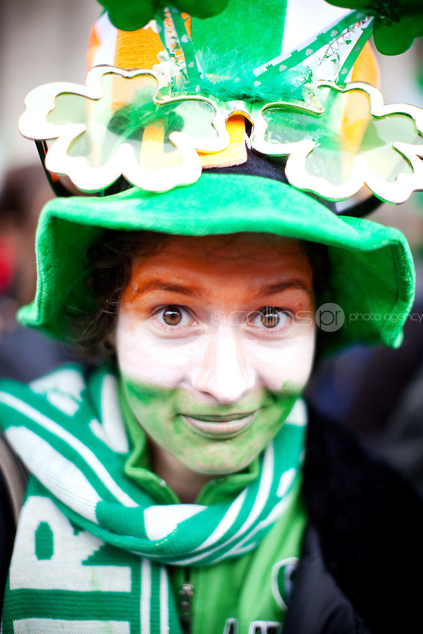 17/3/2011. ST PATRICKS DAY DUBLIN. Megan Burke is pictured on College Green enjoying the Dublin St Patricks Day Parade. Picture James Horan/Collins Photos