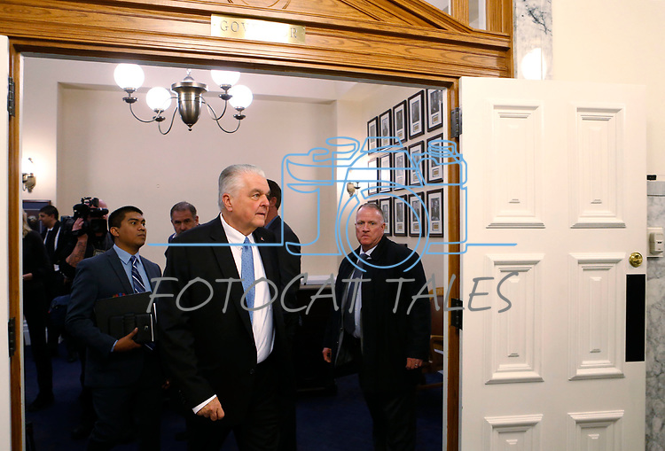 Nevada Gov. Steve Sisolak walks out of his office at the Capitol, in Carson City, Nev., on Monday, Jan. 7, 2019. (Cathleen Allison/Las Vegas Review-Journal)