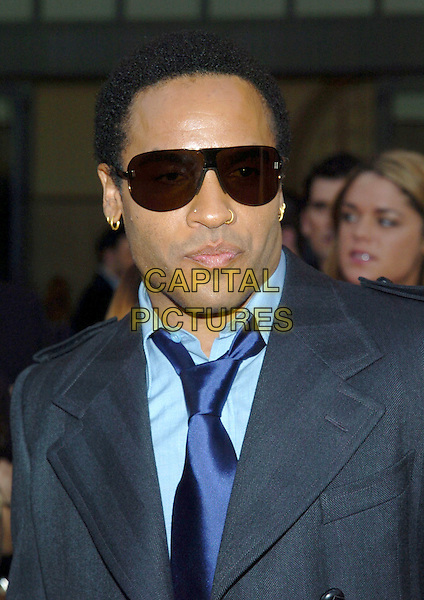 LENNY KRAVITZ.32nd Annual American Music Awards held at the Shrine Auditorium. .November 14th, 2004.headshot, portrait, sunglasses, shades, piercings.www.capitalpictures.com.sales@capitalpictures.com.© Capital Pictures.