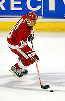 In an NHL game played at Staples Center where the Detroit Red Wings defeated the Los Angeles Kings 3-2