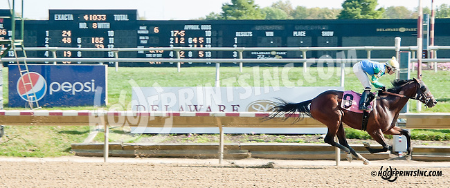Truth In Action winning at Delaware Park on 10/2/13