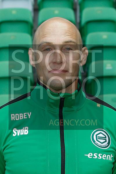 29-06-2015, Presentatiegids, eerste, team, seizoen, 2015-2016, 2015 - 2016, spelerfoto, speler, spelersfoto, keepertrainer Sierd van der Berg of FC Groningen,