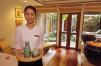 "Thaïlande/Bangkok: Jeune masseuse du Spa de l'hôtel ""Marriott"""
