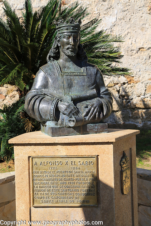 Bust statue of King Alfonso the Wise, ruler of Castile and Leon, 1221-1284, Castillo de San Marcos, Puerto de Santa Maria, Cadiz province, Spain
