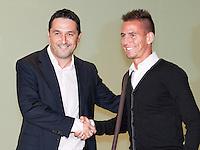 2012.07.04 Presentacion de Joao Pereira como nuevo jugador del Valencia C.F.