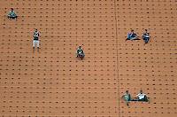 SÃO PAULO, SP, 17.08.2014 - CAMPEONATO BRASILEIRO - PALMEIRAS x SÃO PAULO - Movimentação de torcedores antes da partida Palmeiras x São Paulo, jogo valido pela 15ª rodada do Campeonato Brasileiro de 2014,no estadio Paulo Machado de Carvalho, o Pacaembu, regiao oeste de São Paulo. (Foto: Levi Bianco / Brazil Photo Press)