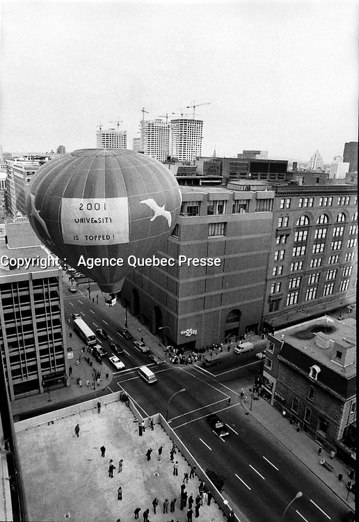 Undated File Photo taken between 1971 and 1979 - Balloon downtown Montreal in the seventies. In foreground is the construction of Complexe Desjardins