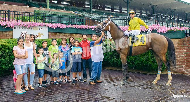 Cowboy Hero winning at Delaware Park on 7/6/17