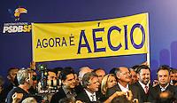 SAO PAULO, SP, 25 DE MARCO 2013 - CONVENÇÃO ESTADUAL DO PSDB - O senador Aecio Neves (1D) durante Conveção estadual do PSDB-SP  na noite desta segunda-feira. 25 no sede do partido na regiao sul da cidade de Sao Paulo. FOTO: WILLIAM VOLCOV - BRAZIL PHOTO PRESS
