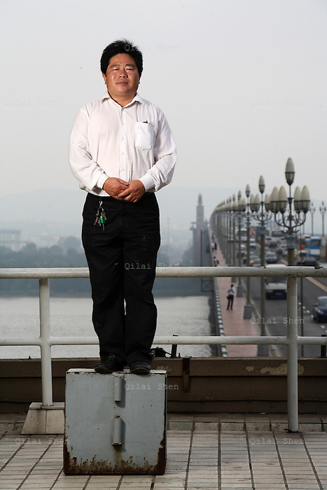 Chen Si, local activist and suicide watchdog on the Nanjing Changjiang Bridge.