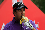 Shiv Kapur waits to tee off on the 10th tee during Thusday Day 1 of the Abu Dhabi HSBC Golf Championship, 20th January 2011..(Picture Eoin Clarke/www.golffile.ie)