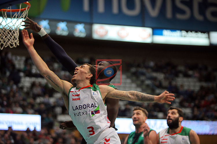 League ACB-Endesa 2015-2016. Game: 16.<br /> FIATC Joventut vs Laboral Kutxa Baskonia: 68-89.<br /> Drame vs Mike James.