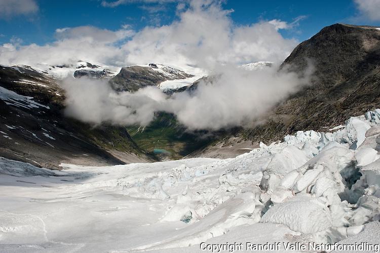 Utsikt fra høyt oppe på Bødalsbreen, ned mot Bødalen. ---- The glacier Bødalsbreen.