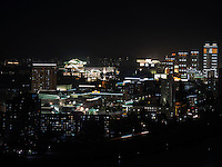 Blick über Taedong-Fluss und das nächtliche Pyongyang, Nordkorea, Asien<br /> View over Taedong Riverat night, Pyongyang, North Korea, Asia
