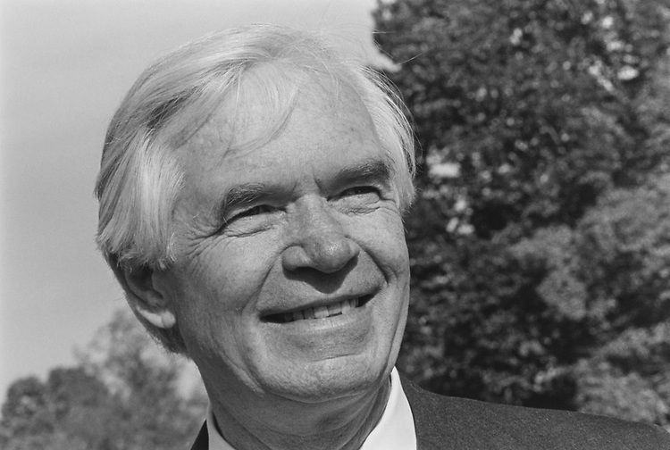Close-up of Sen. Thad Cochran, R-Miss., in November 1993. (Photo by Maureen Keating/CQ Roll Call via Getty Images)