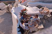 Restaurant Kastro in Oia, Insel Santorin (Santorini), Griechenland, Europa