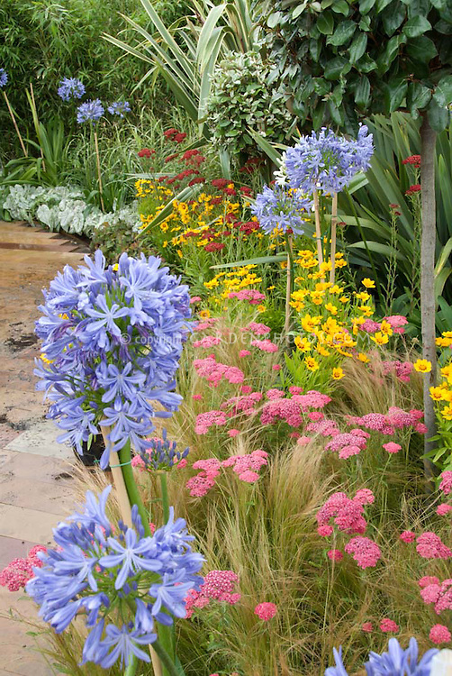 How To Design A Flower Garden Bed