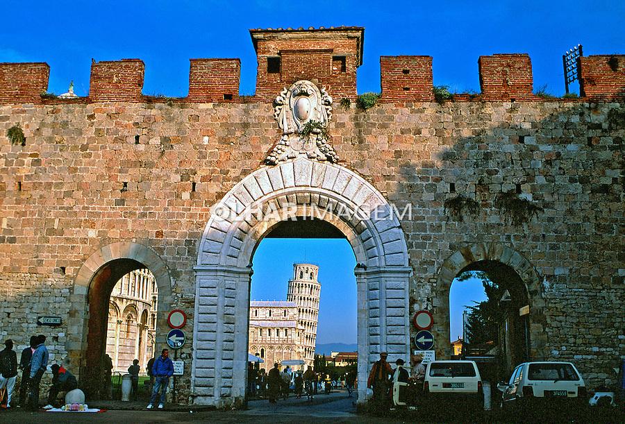 Cidade medieval de Piza. Itália. 1996. Foto de Juca Martins.
