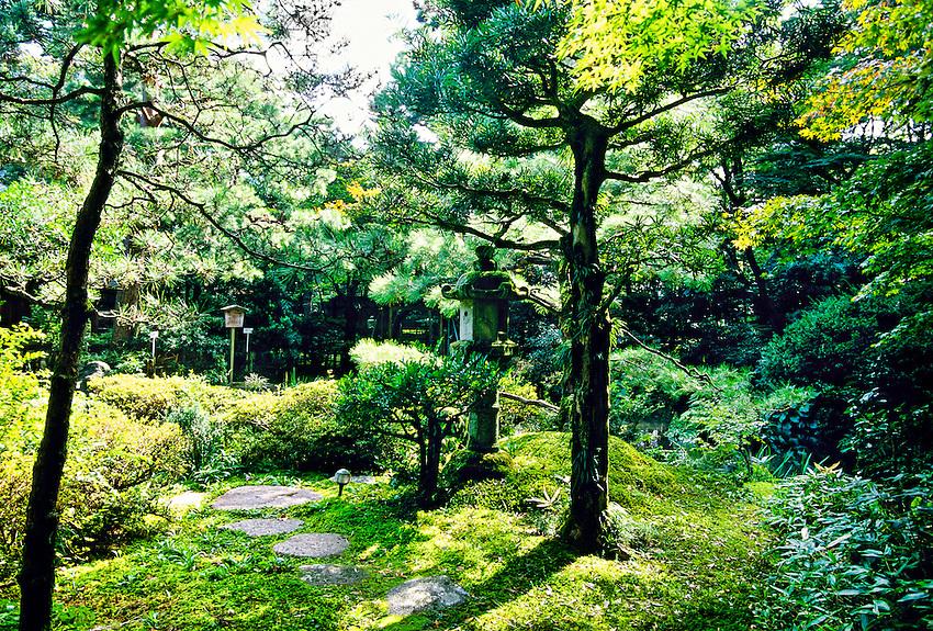 Gyokusen-en Garden, Kanazawa, Japan