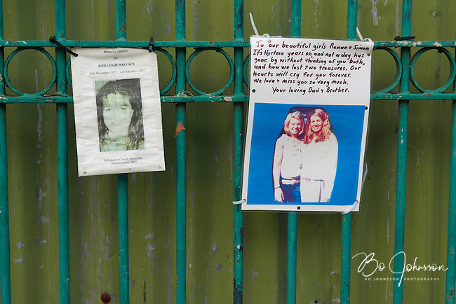 Reminders of the killed. Notes and pictures outside that once was the Sari Club, today a parking lot.<br /> Ground Zero on Jl Legian in Kuta three days after the Paris terrorist attacks on November 13, 2015. <br /> Ground Zero in Kuta is the memorial after the October 2002 bombings, killing 202 and injuring 352 Indonesians and tourists. <br /> Bali, Indonesia.<br /> November 16, 2015.<br /> Only for editorial use.