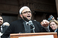 Imam Yasir Fahmy of the Boston Islamic Center at 3Rally Anti Trump Muslim Ban and immigration restrictions at Copley Plaza Boston ,MA 1.29.17