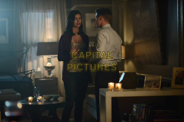 Gotham (2014&ndash; ) <br /> (Season 2, Episode 5, &quot;Scarification&quot;)<br /> Morena Baccarin as Dr. Leslie Thompkins and Ben McKenzie as Detective James Gordon<br /> *Filmstill - Editorial Use Only*<br /> CAP/KFS<br /> Image supplied by Capital Pictures