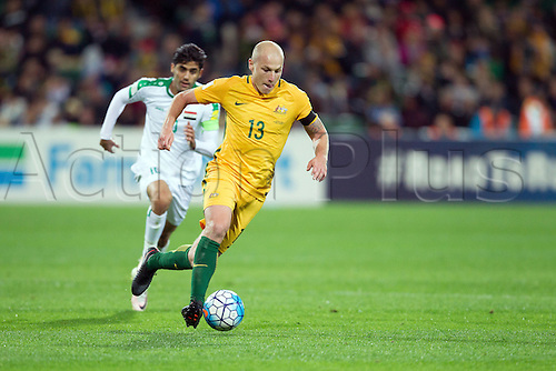 01.09.2016. nib Stadium, Perth, Australia. World Cup Football Qualifier. Australia versus Iraq. Australia's Aaron Mooy controls the ball through the middle during Australia's win over Iraq 2-0.
