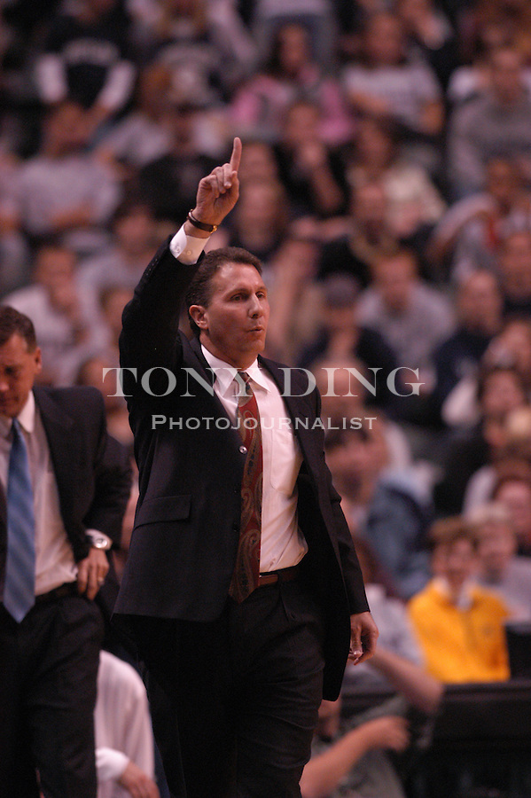 Butler basketball head coach Todd Lickliter during the Wolverine's match against the Butler Bulldogs on Sunday, November 30, 2003 at Conseco Fieldhouse in Indianapolis, Indiana. (TONY DING/The Michigan Daily)