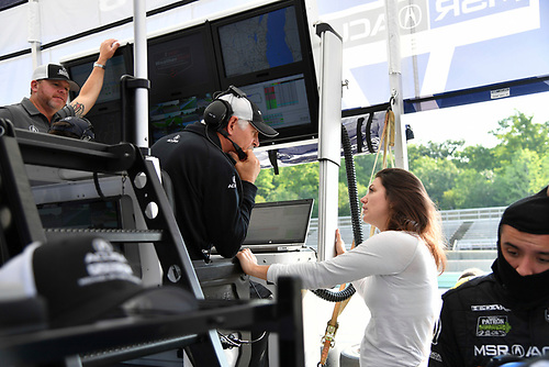 IMSA WeatherTech SportsCar Championship<br /> Continental Tire Road Race Showcase<br /> Road America, Elkhart Lake, WI USA<br /> Sunday 6 August 2017<br /> 93, Acura, Acura NSX, GTD, Katherine Legge<br /> World Copyright: Richard Dole<br /> LAT Images<br /> ref: Digital Image RD_RA_2017_204