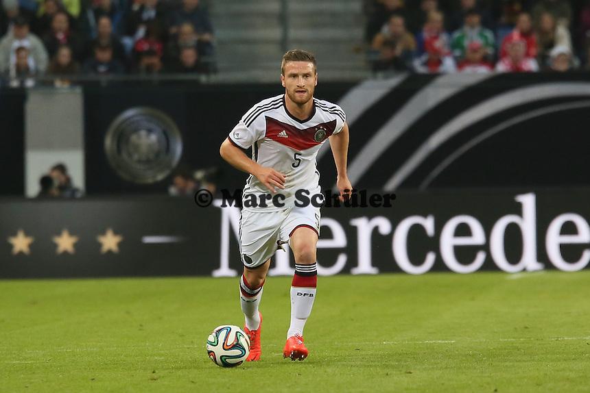 Skodran Mustafi (D) - Deutschland vs. Polen, WM-Vorbereitung Testspiel, Imtech Arena Hamburg