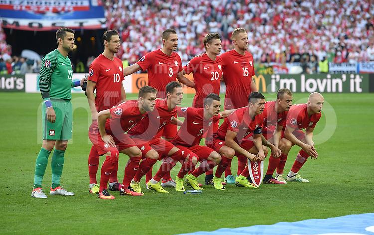 FUSSBALL EURO 2016 GRUPPE C IN PARIS Deutschland - Polen    16.06.2016 Teamphoto Polen
