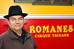 20080130 - France - Aquitaine - Bordeaux<br /> ALEXANDRE ROMANES, LE DIRECTEUR DU CIRQUE ROMANES.<br /> Ref : CIRQUE_ROMANES_009.jpg - © Philippe Noisette.