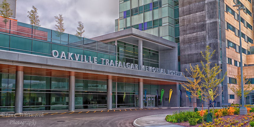 Oakville Trafalgar Memorial Hospital outside entrance.