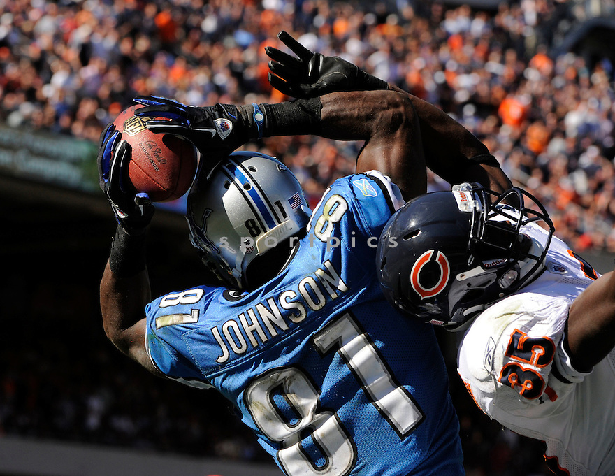 CALVIN JOHNSON, of  the Detroit Lions, in action during the Lions game against the Chicago Bears at Soldier Field in Chicago, Illinois  on September 12, 2010.   Bears won the game 19-14...