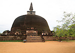 Rankot Vihara stupa UNESCO World Heritage Site, the ancient city of Polonnaruwa, Sri Lanka, Asia