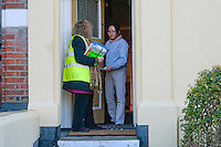 Pics &copy; Si Barber.<br /> Ordered by Marcus Cotton. Text by Matthew Engel.<br /> Lesley Grahame, Green Party candidate for Norwich South canvassing in the city.